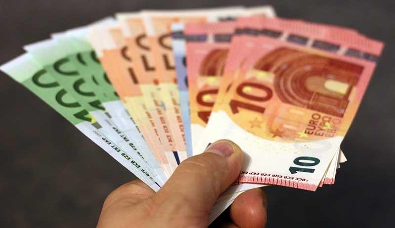 Sentencia de reclamación de cantidad por no respetar salario mínimo interprofesional